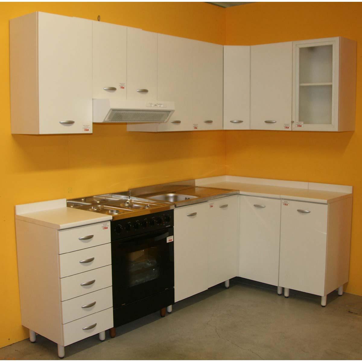 Base di un\'anta per cucina componibile Easy color noce o bianco
